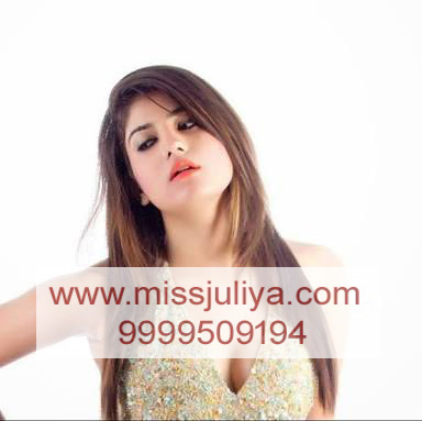 Escort girl in Connaught place