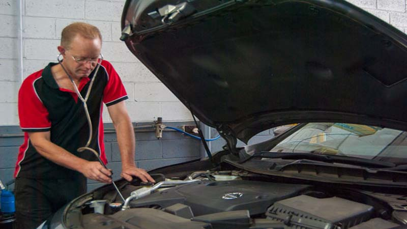 Car Mechanic in Ferntree Gully - Bayswater Automotive Service