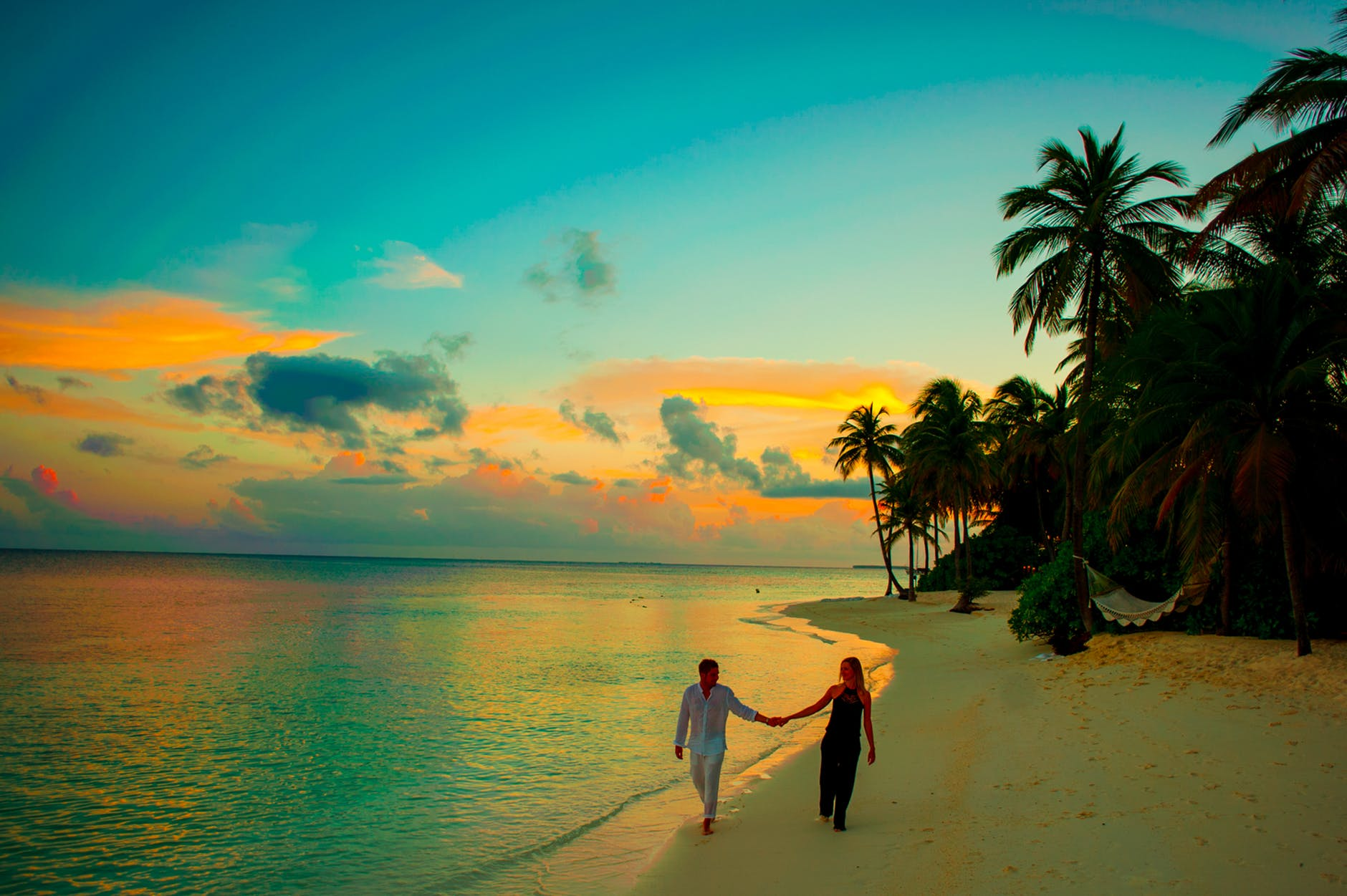 Kerala Honeymoon Packages | Honeymoon Tour Kerala - HolidayKerala